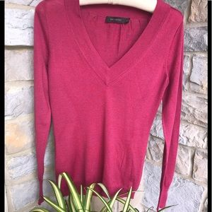 The Limited Berry Pink V Neck Sweater Size Small